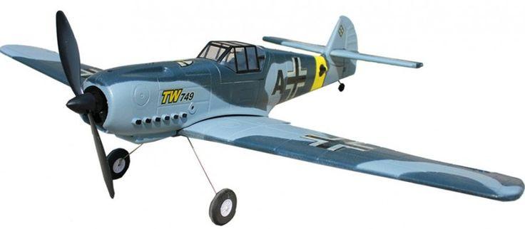 Zdalnie Sterowany Samolot Messerschmitt BF 109 2.4GHz RTF maszyna wzorowana na niemieckim myśliwcu, który wykorzystywany był na II wojnie światowej.   Samolot posiada cztero kanałową aparaturę pracującą na paśmie 2,4GHz oraz mocny silnik szczotkowy elektryczny.  http://modele-rc.com/produkt/13562,zdalnie-sterowany-samolot-messerschmitt-bf-109-2-4ghz-rtf  #samolotyrc #messerschmittrc #BF109rc #zabawkirc #modelerc #skleprc