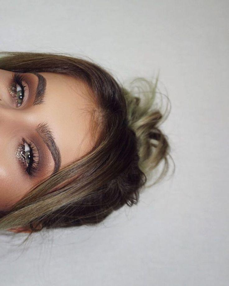 "24.9k Likes, 104 Comments - JAMIE GENEVIEVE (@jamiegenevieve) on Instagram: ""Monday tip: cover eye bags with glitter. ✨ . @tartecosmetics pro palette @anastasiabeverlyhills…"""