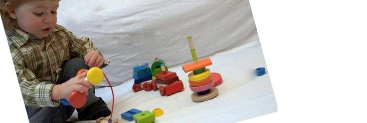 Hračky Selecta Spielzeug v akci. Toy Selecta Spielzeug. Spiele mit Selecta Spielzeug.