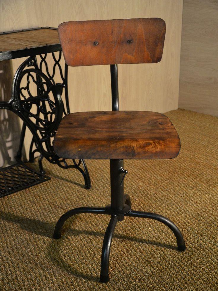 Les 46 meilleures images propos de assises chaises for Chaise bois et metal