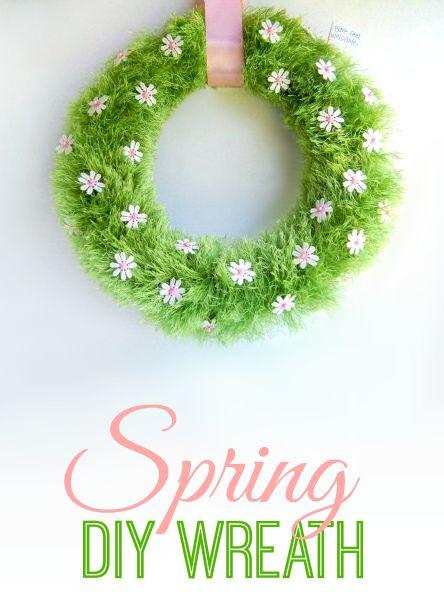 Adorable Spring Wreath #DIY #Spring #Craft