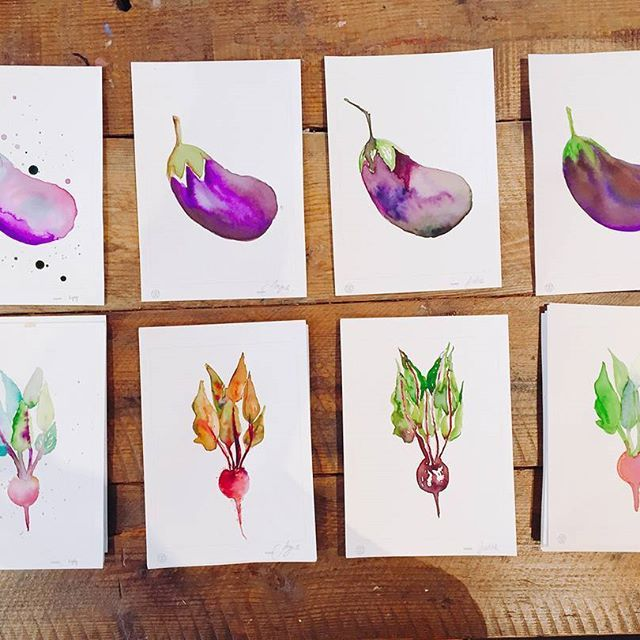 Just WOW. Stupidly good student examples of @sarahhankinsonillustration WINTER HARVEST WORKSHOP from last year. Sarah will be running this workshop again on SATURDAY 24TH JUNE. Learn the fundamentals of watercolour using a beautfiul array of wintery fruits, vege and florals as your inspiration. Head to our webstie to book in - places are strictly limited for this workshop, so don't delay #thewindsorworkshop