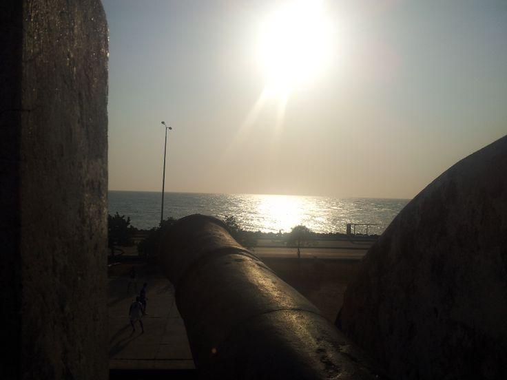 La vista desde uno de los cañones de la muralla Cartagena de indias