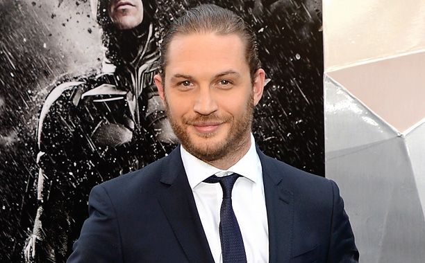 Tom Hardy rumored to be in talks to play Elton John: Five reasons he's perfect for the role | EW.com ^