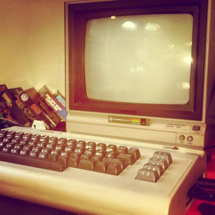 venerdì 12 giugno dalle 15.00 64, hacker a 8 bit, retroprogrammazione i segreti di grafica e musica #64MANIA #MuseodelCalcolo #Pisa #GiugnoPisano Incontro sul Commodore 64 al Museo degli Strumenti per il Calcolo di Pisa