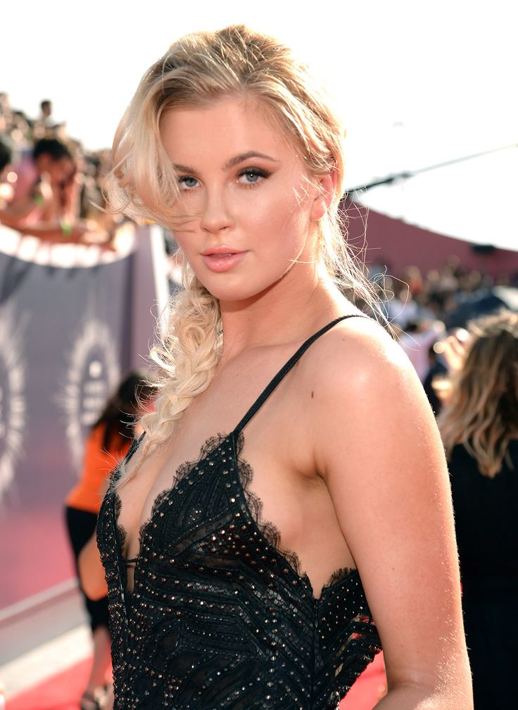 Ireland Basinger Baldwin Daughter Of Actor Alec Baldwin
