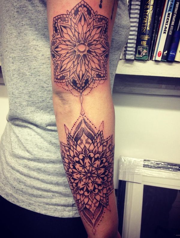29 best tattoozles images on pinterest tattoo ideas a tattoo and awesome tattoos. Black Bedroom Furniture Sets. Home Design Ideas