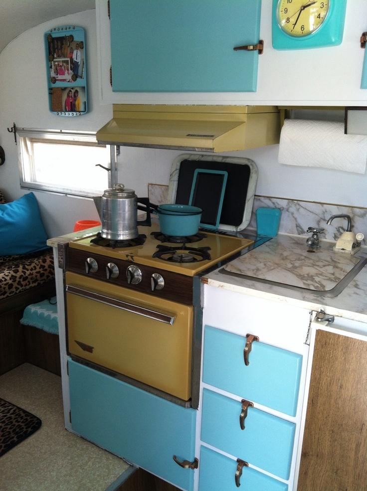 Vintage camper redo. Glamper.