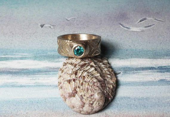Bague homme/femme style medieval/celtique/viking en goldy bronze+ zirconia bleu - à votre taille avec 1 semaine  de délai - unisexe 60€ pour 2 bagues , 34€ pour  une bague