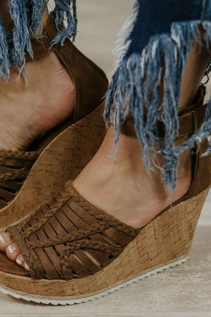 Not Rated Joy To All Wedges ~ Tan