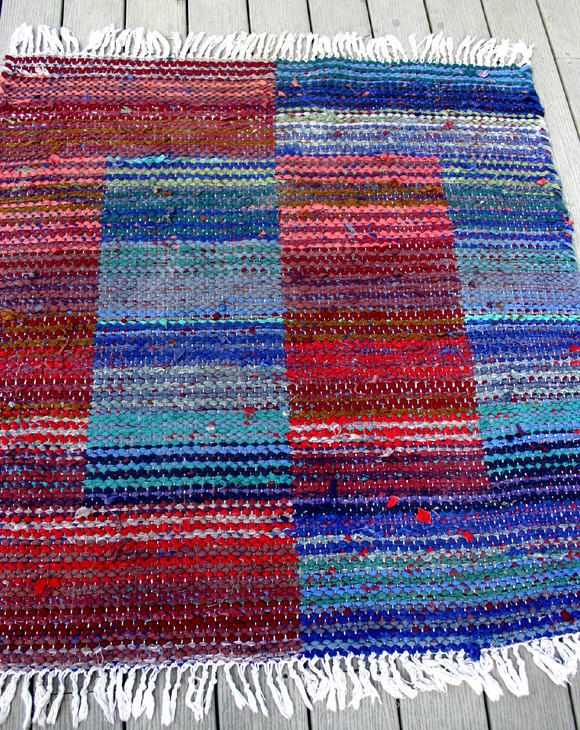 Image detail for -Vintage Woven Rag Rug / Red Blue Rag Rug by ConceptFurnishings. Nice in different colours???