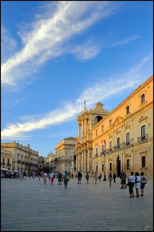Piazza Duomo in Siracusa, Sicily