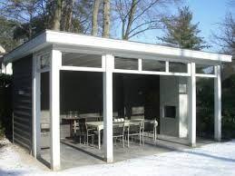 Afbeeldingsresultaat voor tuinhuis met veranda modern
