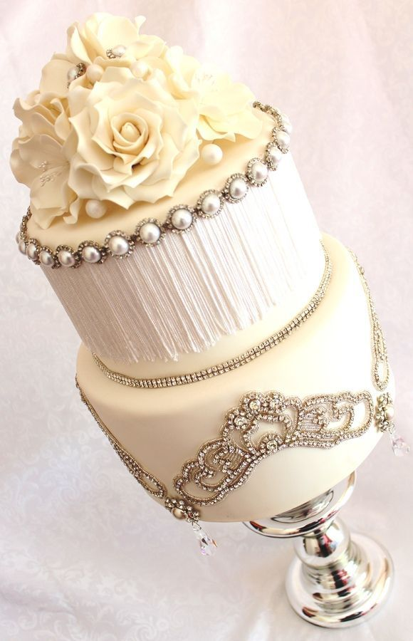 Vintage glam wedding cake with glamorous jewels and pearls