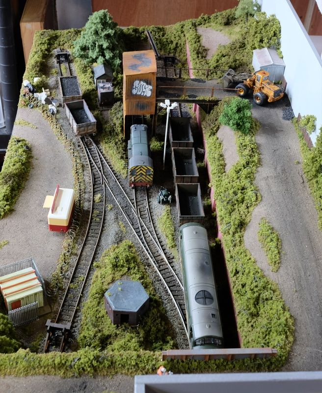 Coalhouse Oo Gauge Kidmore Model Railways In 2021 Model Trains Model Train Table Model Railway