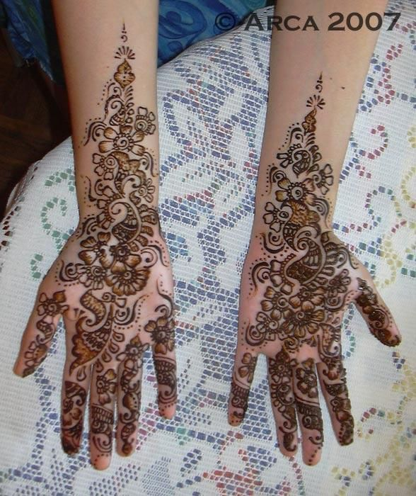 sabrine henna palm - 50 Intricate Henna Tattoo Designs  <3 <3