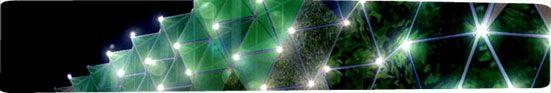 Este máster parte de la consideración que la arquitectura del futuro estará sometida a dos tipos de influencias: la Ecología y la Alta Tecnología. A partir de esta premisa y coherentemente con los principios del desarrollo sostenible, la primera parte del máster de Arquitectura y Sostenibilidad proporciona una formación enfocada a entender, concienciar y saber minimizar el impacto en su entorno ambiental, los edificios en particular y del crecimiento urbano en general, sin superar los…