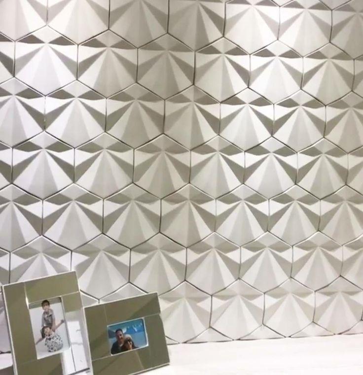 Revestimento Solis projeto maravilhoso de @lilianealmeidaarquiteta  #revestimento #cimenticio #concreto #interiordesign #instadecor #interiores #design #decor #maski #luxo #projetoTOP #parede #walldecor #wall #painel #sala #inspiracao #homedecor #homedesign #ambiente #suvinil #maskirevestimentos #solis #designlovers #designpatenteado