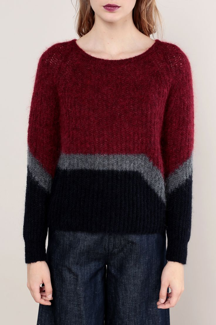 Pull en laine mélangée rouge/gris/marine fabriqué en Italie zoom