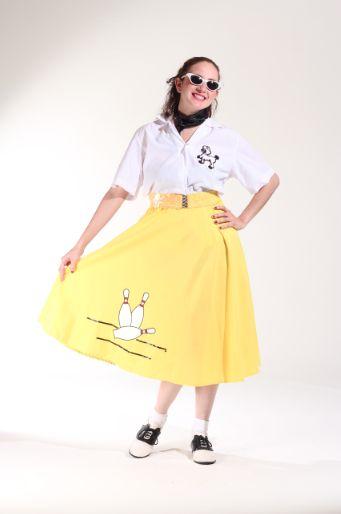 50`s Falda amarilla con blusa blanca