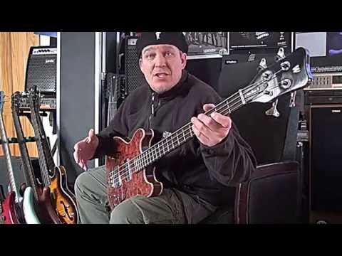 Bass Guitar Lesson - Slow Blues - Andy Irvine - YouTube