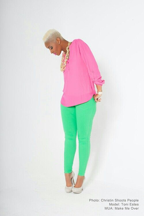 This is to cute! Color blocking outfit