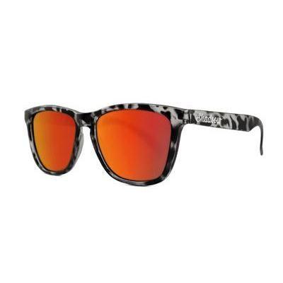 #Gafas Black tortoise on red - #Shadoow - Gafas - #iLovePitita #gafasdesol