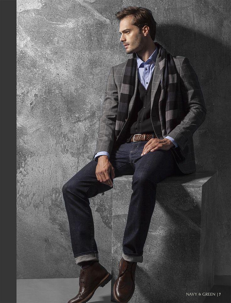 Ανδρικό σακάκι, παντελόνι, πουκάμισο και γιλέκο Navy&Green από τη συλλογή City Elegance