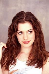 Foro gratis : New generation  - Rol 3f572a136b1e9b24a4091fe73d20653e--red-hood-anne-hathaway