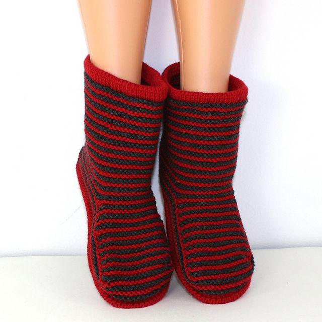 free pattern Ravelry: Cloudborn Fibers Adult Stripe Boots pattern by Christine Grant
