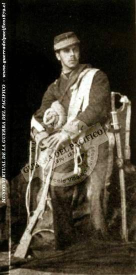 """Sargento de Carabineros de Yungay, Enrique Valdés Vergara  Ref: Antonio Bisama Cuevas """"Album Gráfico y Militar de Chile""""  Colección: Marcelo Villalba Solanas"""