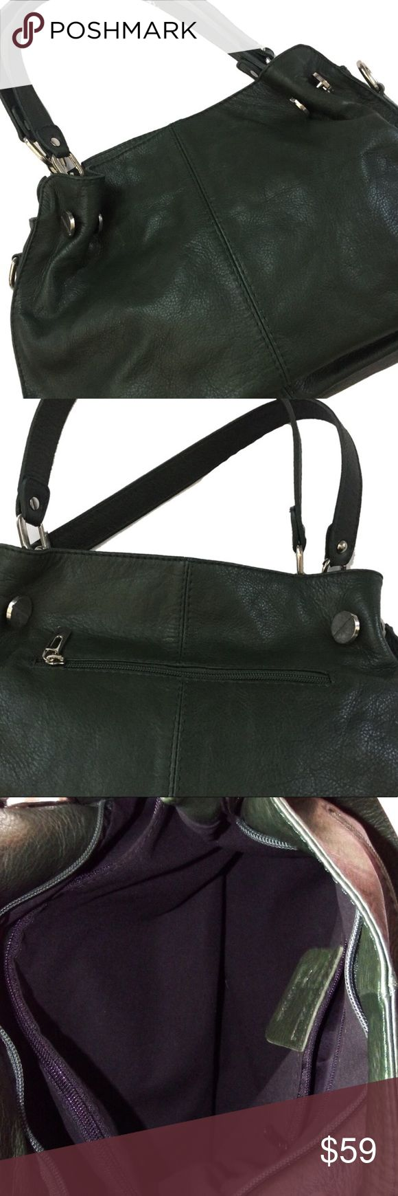 """Borse in Pelle Italian Leather Handbag Purse Emerald Green. Soft and supple leather. Silver metal accents. Handcrafted in Italy. Borse in Pelle ( which translates to """"Leather Handbags"""" ) is a luxury Italian brand.  Length 14"""" / Width 12"""" / Depth 4.5"""" / Drop 6.5""""  Details:  * Buttery soft.  * Silver metal accents.  * Zipper compartment in & out. * The top of the bag zips closed. * Missing the shoulder strap * Only used a handful of times  * Great bag!! Great condition!  Retails $160 Borse in…"""