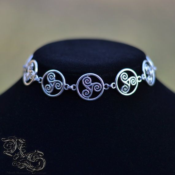 """Necklace """" Keeper of the Three """" - Medieval celtic viking gothic triskell triskel choker symbol - North Shaman"""