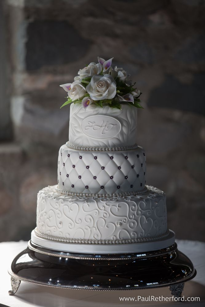 wedding cakes south west michigan 17 best images about wedding cakes and desserts by sugar 25504