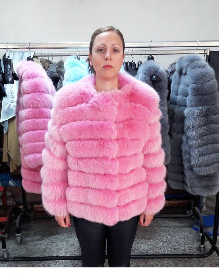 http://ift.tt/2yx2LPQ #jacket #pink #realfur #furfashion #furjacket #new #luxuryfurs #luxury #photooftheday #women #necklace #handmadejewelry #jewelry #style #modern #followforfollow #followme #instagood #шуба #меха #sales #moscow #clothing #coat #love