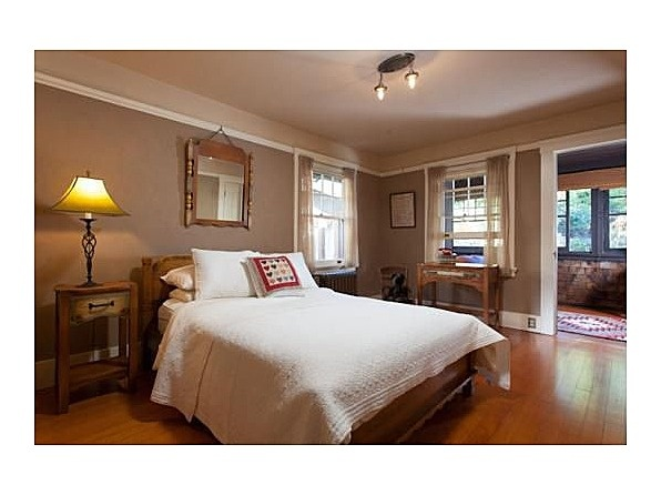 44 best arts crafts bedrooms images on pinterest bungalows craftsman bungalows and for Bedroom furniture berkeley ca