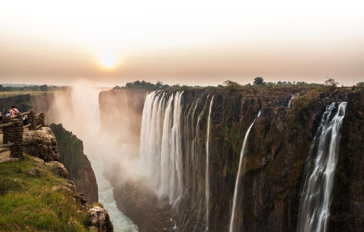 At 1708 metres wide and 100 metres high, the Victoria Falls are among the most impressive in the world as well as being the widest in Africa. The best time to see this spectacular sight is at dawn when the first rays of sun caress the misty water and create countless rainbows in the sky.