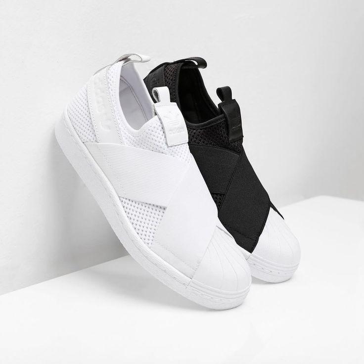 1,243 Synes godt om, 14 kommentarer – Supplying Girls With Sneakers  (@nakedcph)