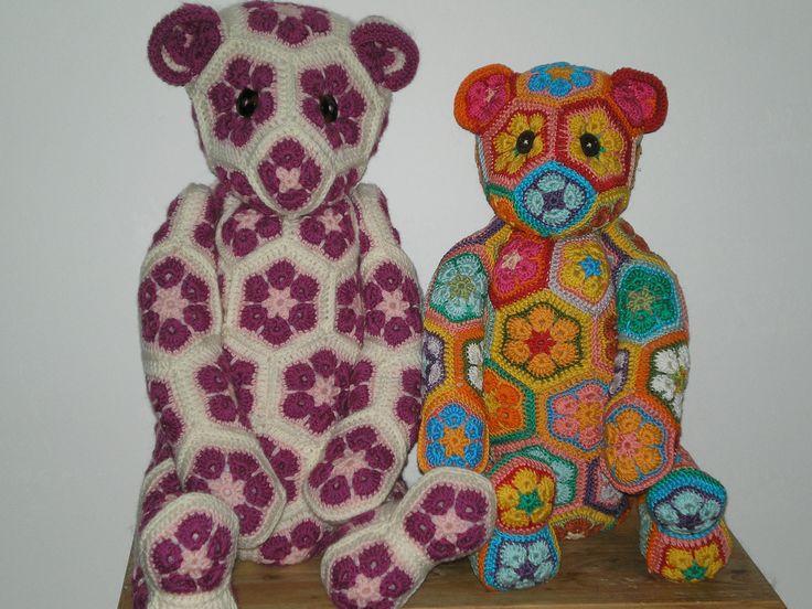 Arturo & Ornellone bears.