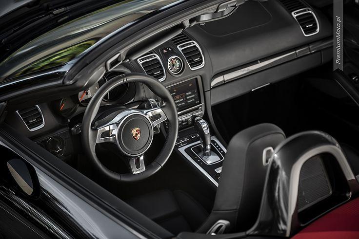 Porsche Boxster (981) S interior. Take a look at this wheel. #porsche #boxster #interior #wheel