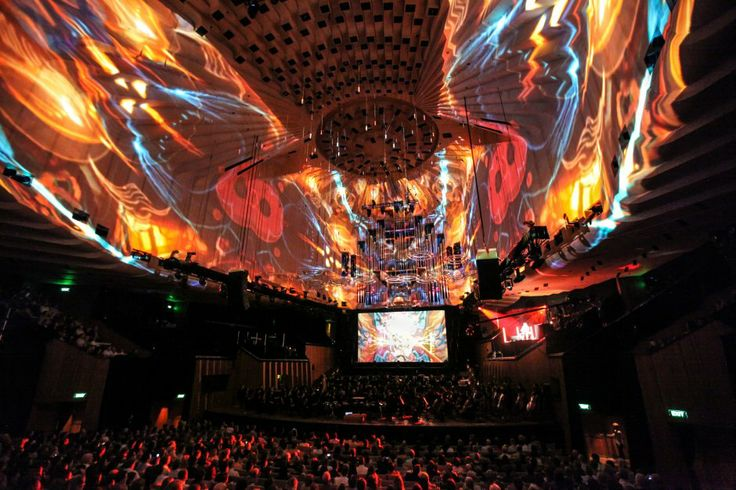 Architectural Mapping of the Sydney Opera House http://www.obscuradigital.com/work/detail/yt-symphony-orchestra-2011/#