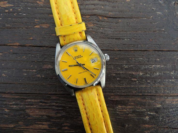 A yellow Rolex.