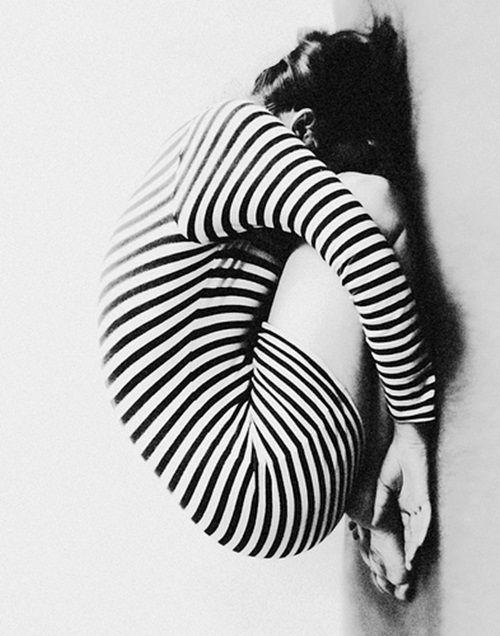 Artists, Blackandwhite, Black And White, Vintage Wardrobe, Vintage Photography, Black White, Strips, Stripes, Children Poses