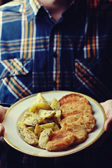 """Pyszna alternatywna dla ryby na kolację wigilijną. Prosta w przygotowaniu seleryba zasmakuje Tobie i Twoim gościom. Przepis z książki """"Zielenina Party""""."""