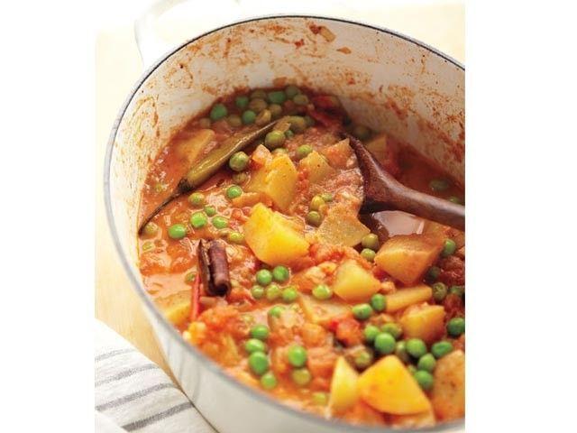 Pea & potato curry >> Vegetarian Dinners