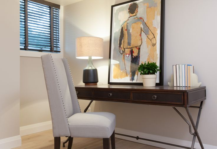 Bedroom office nook #IncomeProperty #HGTV