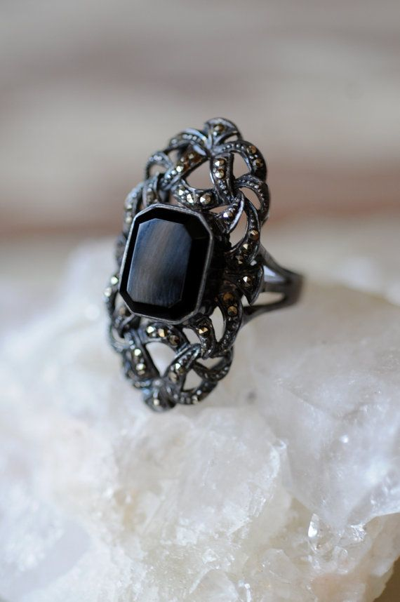 Vintage Oval Black Onyx and Marcasite ring by chosentrade on Etsy, $53.00