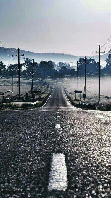 """Lembre-se """"seja como uma estrada""""...Até porque independente da sua direção ela sempre andará pra frente"""