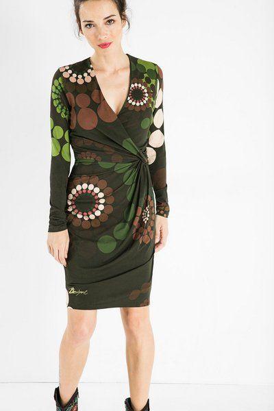 Vestito scollato Desigual. Scopri la moda donna con più personalità!