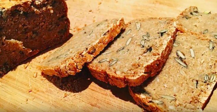 Uwielbiam piec chleby ❤️     Pamietam ten moment, kiedy upiekłam mój pierwszy- coś niezapomnianego 👌   Na początku piekłam chleby na zakw...